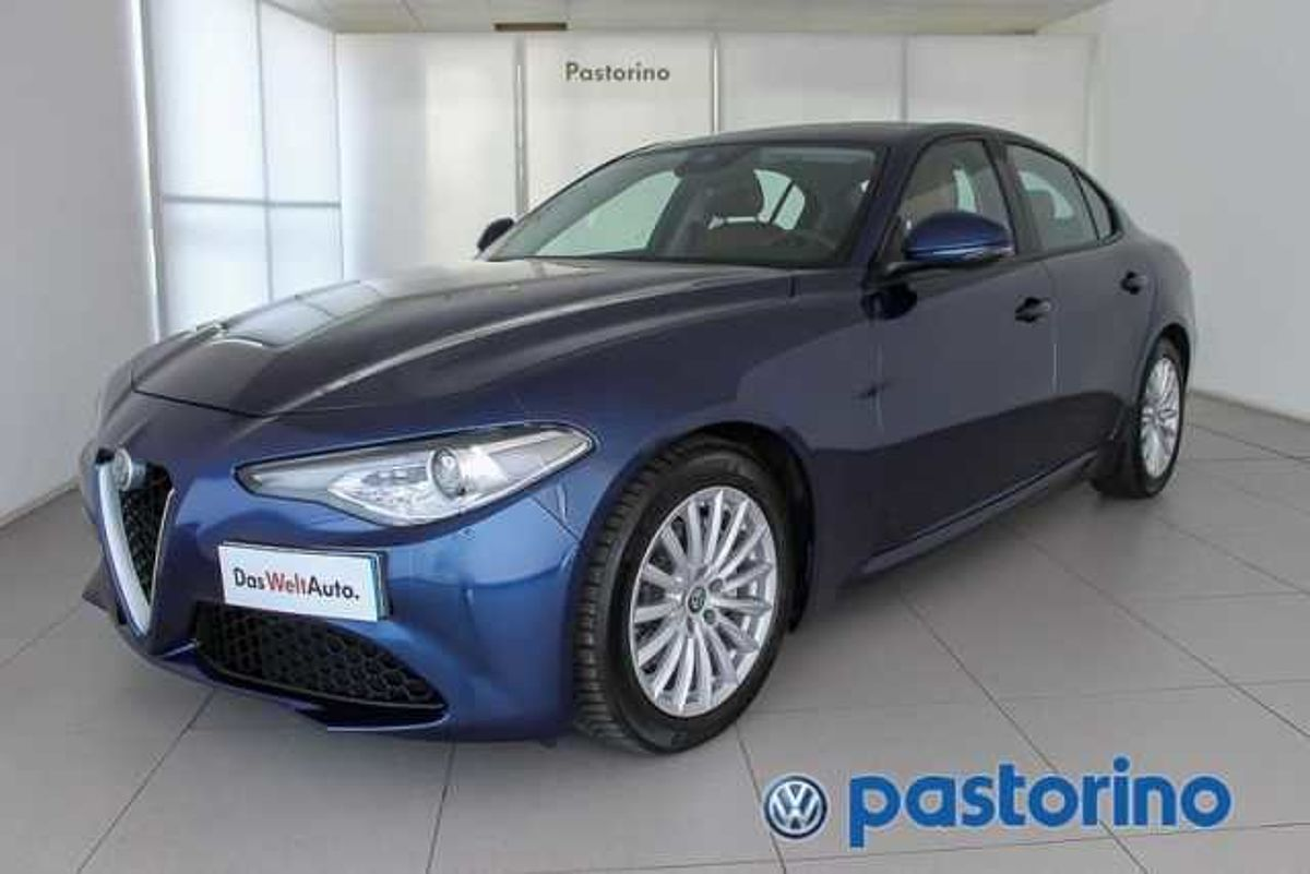 Alfa Romeo Giulia 2.2 TD AT8 SUPER 180CV